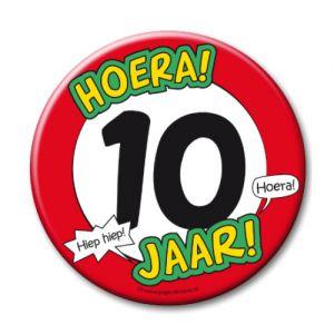 Button XL 10 jaar